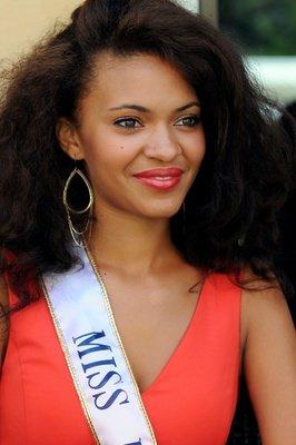 Auline Grac Miss Prestige National 2013