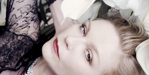Mon Jasmin Noir L'Elixir de Bulgari avec Kirsten Dunst