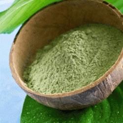Masque à l'argile et aux huiles essentielles contre l'acné