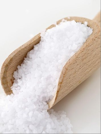Gommage anticellulite au gros sel