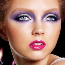 maquillage charbonneux violet