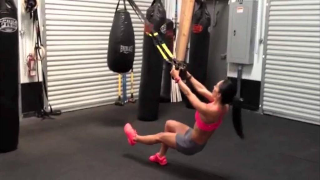 musculation des jambes avec TRX